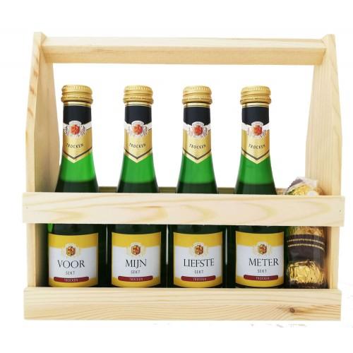 Mousserende Wijn Flesjes :  Voor mijn liefste meter (4 flesjes) - Houten kratje